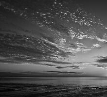 Summer sunrise in b&w by CarlaSophia