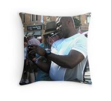 """""""Cell Phone Photo Review"""" Throw Pillow"""
