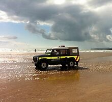 Beach Landrover by Dan Bevan Photography