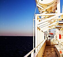 Ferry Time. by tutulele