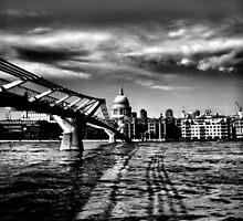london  by shaun pearce