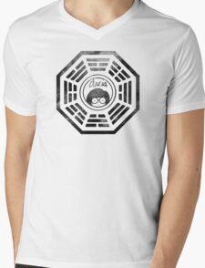 Daria Dharma Mens V-Neck T-Shirt