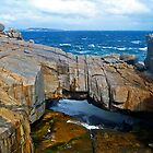 Granite Natural Bridge - Albany, WA by Akrotiri