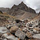 Under Kananaskis glacier by zumi