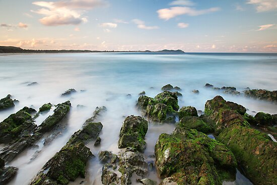 Rocks revealed at Broken Head, NSW by Dave Ellem