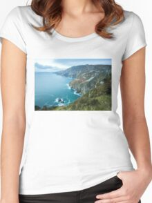 Slieve League sea cliffs in Co. Donegal Women's Fitted Scoop T-Shirt