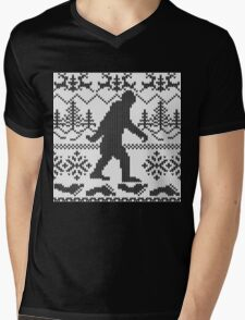 Gone Squatchin Ugly Christmas Sweater Knit Style Mens V-Neck T-Shirt