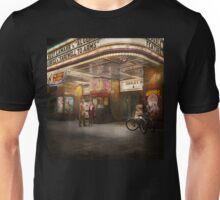 Movie - Double feature 1942 Unisex T-Shirt