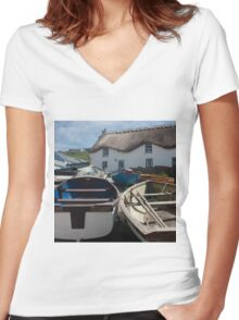 Tinker Taylor Cottage Sennen Cove Cornwall Women's Fitted V-Neck T-Shirt