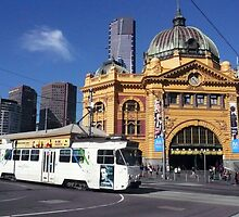 Flinders Street Station and Melbourne tram by Roz McQuillan