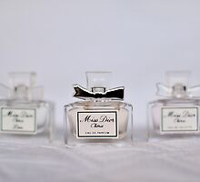 Dior perfume by amelialucy