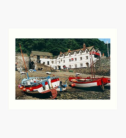 The Red Lion, Clovelly, North Devon, England........! Art Print