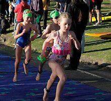 Kingscliff Triathlon 2011 Swim leg C246 by Gavin Lardner