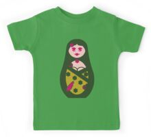 ★ Cute Matriochka  Sister - Dark Green ★ Kids Tee
