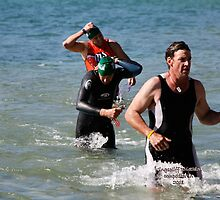 Kingscliff Triathlon 2011 Swim leg C388 by Gavin Lardner