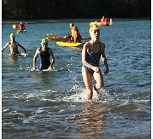 Kingscliff Triathlon 2011 Swim leg P154 by Gavin Lardner