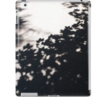Asphalt track, which falls the shadow of the maple iPad Case/Skin