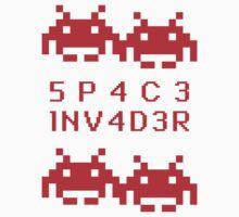 5P4C3 1NV4D3R by AlliVanes