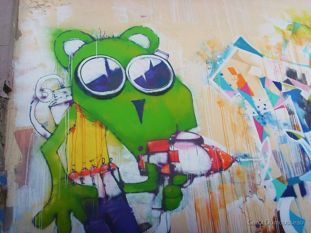 Green mouse tagger by Carol Dumousseau