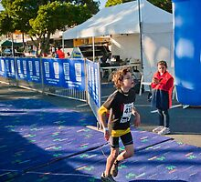 Kingscliff Triathlon 2011 Finish line B5910 by Gavin Lardner