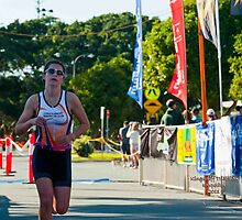 Kingscliff Triathlon 2011 Finish line B5993 by Gavin Lardner