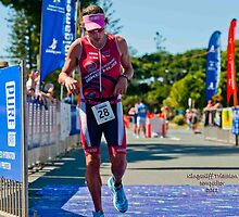Kingscliff Triathlon 2011 Finish line B6123 by Gavin Lardner