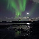 September Aurora &amp; moon by Frank Olsen