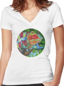 Panther chameleon Women's Fitted V-Neck T-Shirt