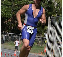 Kingscliff Triathlon 2011 Run leg P004 by Gavin Lardner