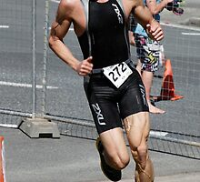Kingscliff Triathlon 2011 Run leg C050 by Gavin Lardner