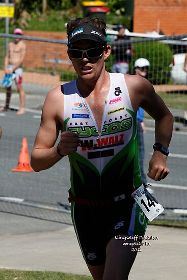 Kingscliff Triathlon 2011 Run leg C094 by Gavin Lardner