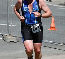 Kingscliff Triathlon 2011 Run leg C0161 by Gavin Lardner
