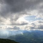 Storm is coming by Thomas Plessis