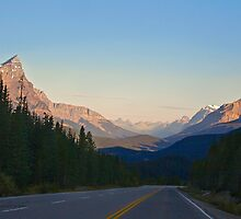 The Most Scenic Road of the World - Icefields Parkway - Alberta Highway 93 north by Yannik Hay