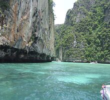 Thailand by Panayiotis Zavros