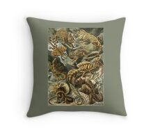 LIZARDS galore! Throw Pillow