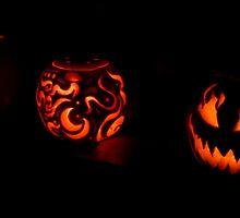 Three pumpkins in a row by Wealie