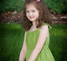Little Sweet Pea  by ©Marcelle Raphael / Southern Belle Studios