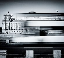 Berlin Reichstag buildung with double-decker bus by novopics