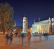 Vilnius Square by markjknight