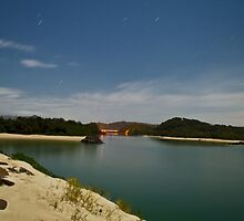 Brunswick River at night by benjilach