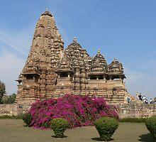 Kandariya Mahadeva temple by jmccabephoto