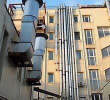 Back of the multistorey office building by vladromensky