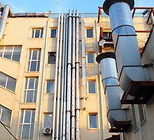 The back side of a multi-storey office building by vladromensky