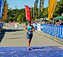 Kingscliff Triathlon 2011 finish line B6606 by Gavin Lardner