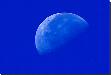 Half Moon by Klaus Girk