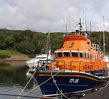 Lifeboat in Stornoway by kalaryder