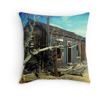 Mojave House I Throw Pillow