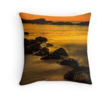 Main Beach at sunset, Robe Throw Pillow