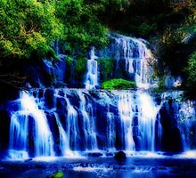 Purakaunui Falls, New Zealand by Tamara Travers